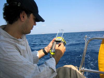 Ordinateur de poche étanche de positionnement et de transfert de données. (crédit : ESA)