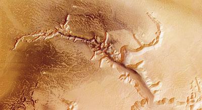 Echus Chasma, nadir view