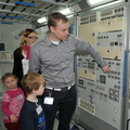 Esa Alanen with his family in the Columbus laboratory