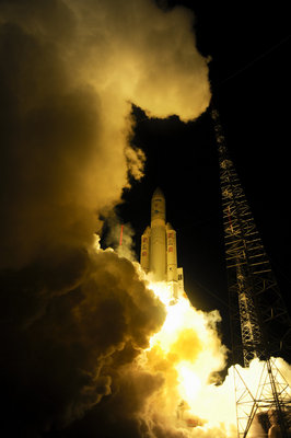 Ariane 5 blasts off with ATV-4 Albert Einstein on board