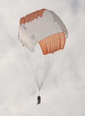 Véhicule expérimental EXPERT Parachute_ESA_large,0