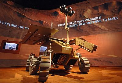 A preliminary design concept of ExoMars at ILA 2006