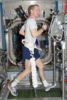 can astronauts exercise in space - photo #8