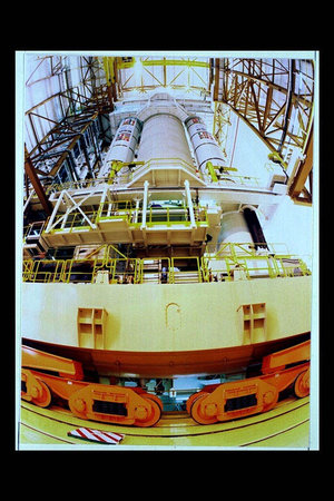 Ariane-5 integrated on mobile launch platform