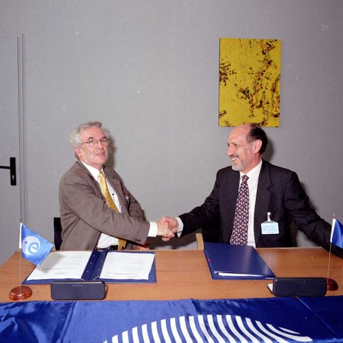 EGNOS contract signing