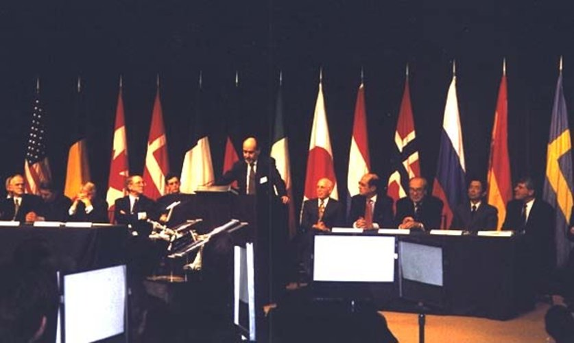 ESA DG addresses IGA participants, January 1998