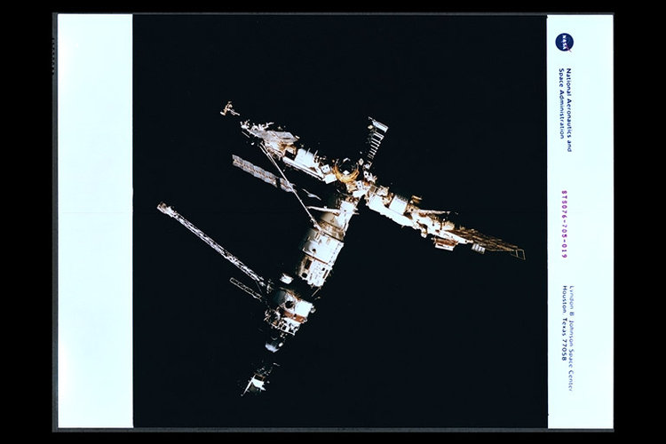 STS-76 view of Mir