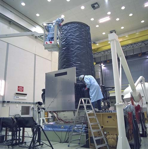XMM vibration tests at ESTEC