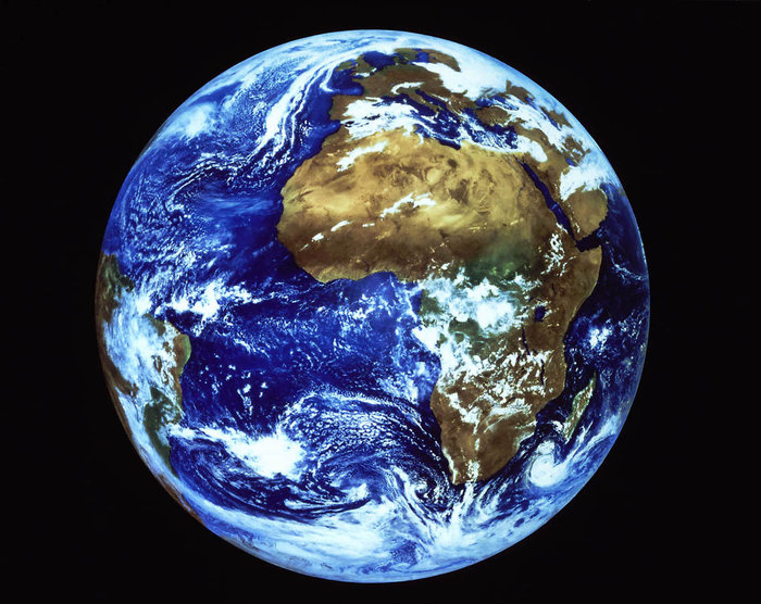 a description of the geostationary orbit in the universe Can satellites be in geostationary orbit at places other than the equator  basket shot in the universe  order to throw a baseball into orbit geostationary .