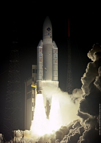 Ariane 5 V158 lifts off 2 March 2004