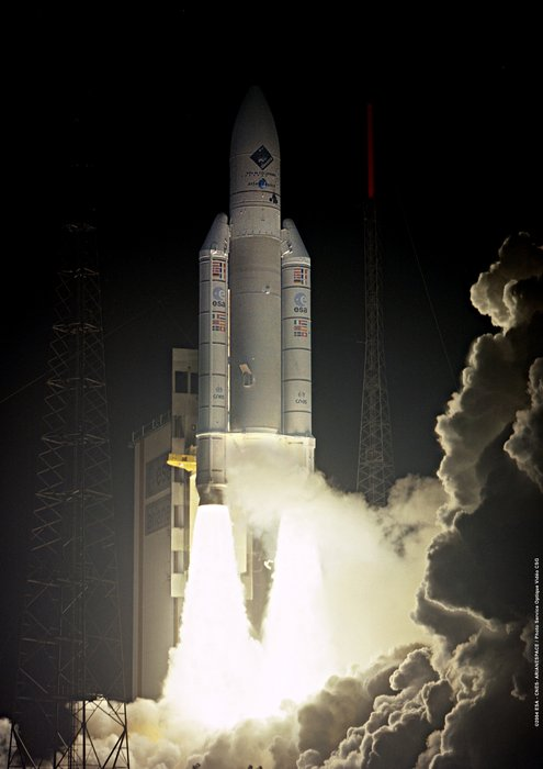 Ariane 5 V158 lifts off 2 March 2004 with ESA's Rosetta spacecraft for a ten-year journey to comet 67P/C-G