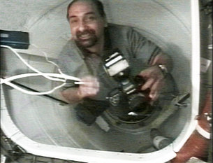 First ESA astronaut enters the ISS