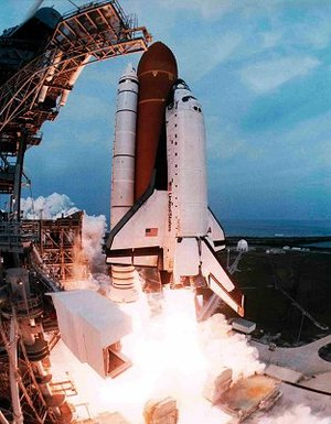 Launch STS-75