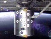 The Raffaello module is moved away from the ISS using Endeavour'