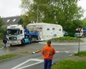 Envisat convoy negotiates first roundabout