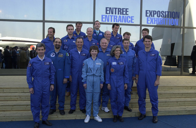 ESA astronauts at Le Bourget July 22, 2001
