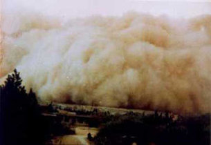 Sandstorm in China April 2001
