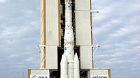 Ariane 4 moves to the launch zone