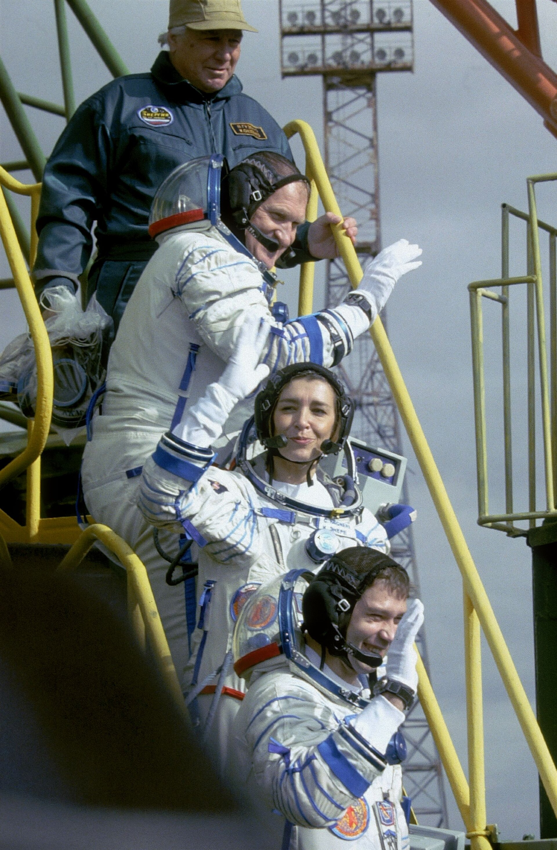 Andromède mission crew walk up the steps to the Soyuz