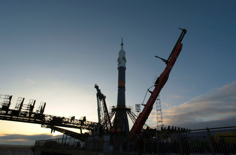 Transfer of Soyuz to launch pad