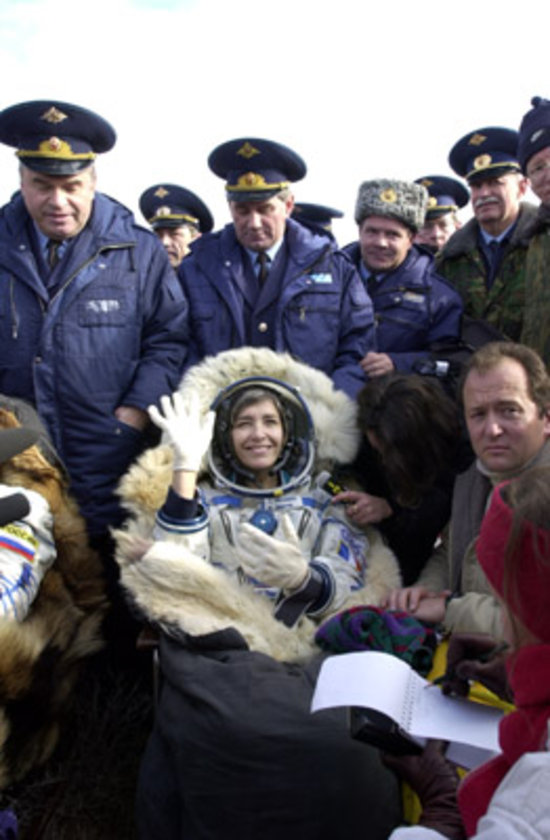 Andromède crew return from ISS