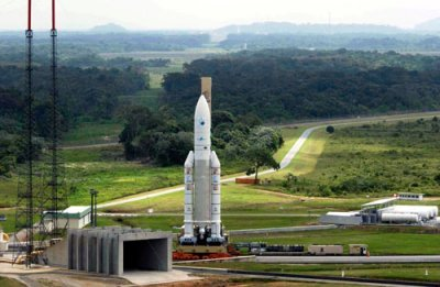 Roll out of Ariane 5 with Envisat