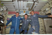 Gidzenko, Vittori and Shuttleworth on board the ISS