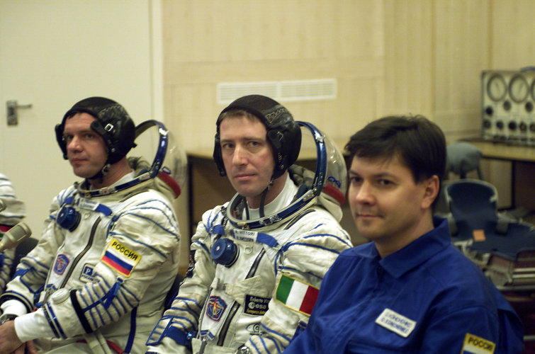 Last checks after Marco Polo crew dons spacesuit at Baikonour  (Thursday 25 April 2002)