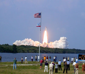 STS-111 liftoff