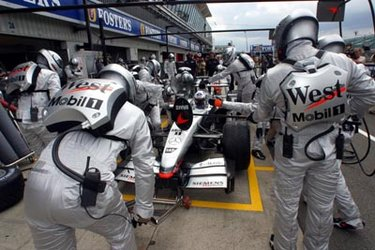 New pitstop cooling system of West McLaren Mercedes
