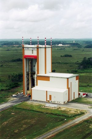 Satellite preparation facilities - Ariane 503 in the BAF building