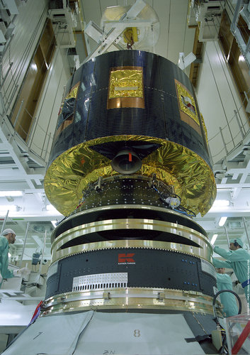 MSG-1 is installed on the launcher, at the final assembly building (BAF)