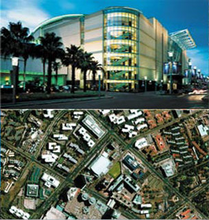 Street and space view of the Sandton Convention Centre - South A