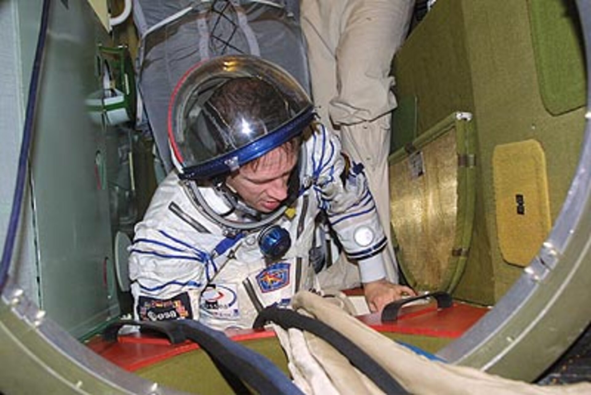 I have a look at the Soyuz TMA spacecraft