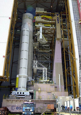Flight 157 - Ariane 5 ready to move to the final assembly facilt
