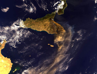 Mt. Etna, Sicily – MERIS - 28 October 2002