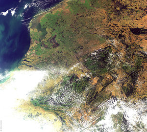 Netherlands - MERIS, 12 September 2002