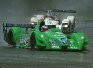 Battle for the lead, Sarrazin leads Shimoda