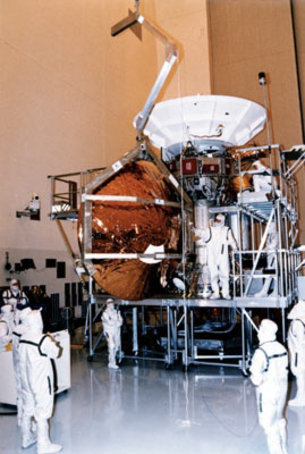 Huygens probe is mated with the Cassini orbiter