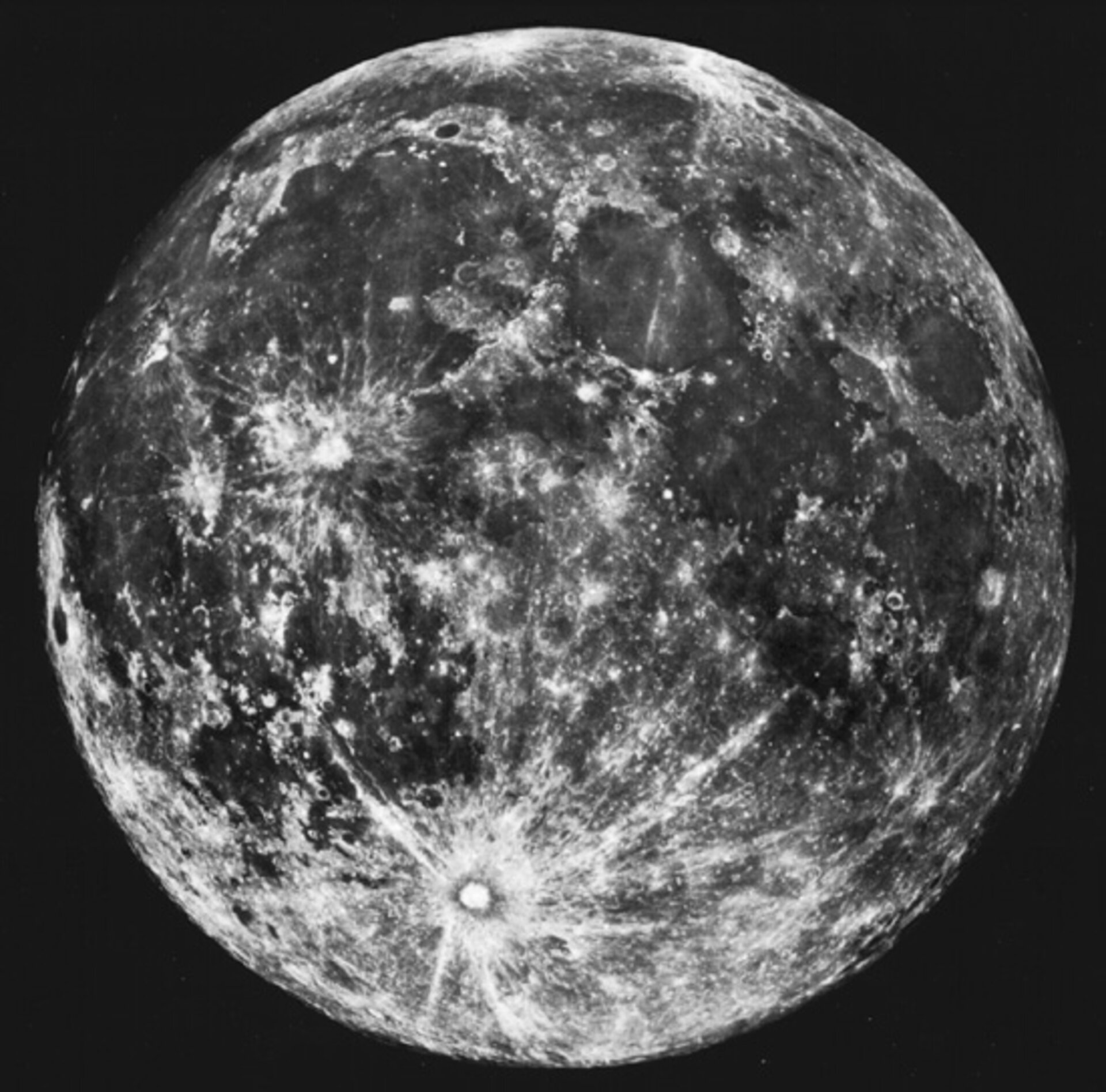 Telescopic view of the whole Moon seen from Earth