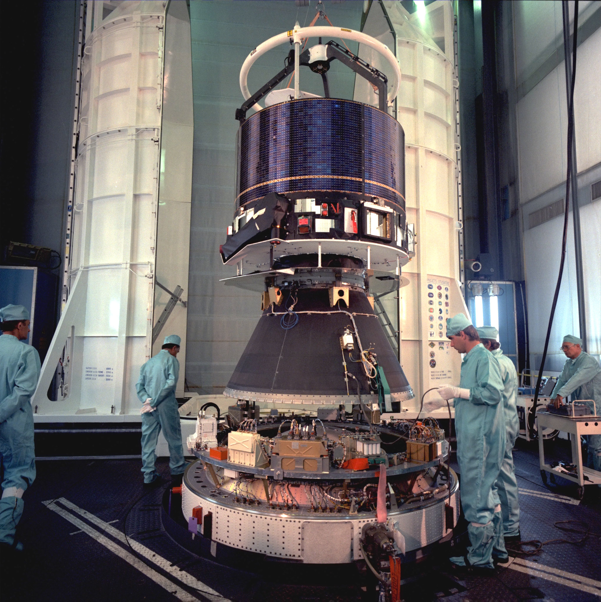 Space in Images - 2003 - 05 - Giotto launch preparations