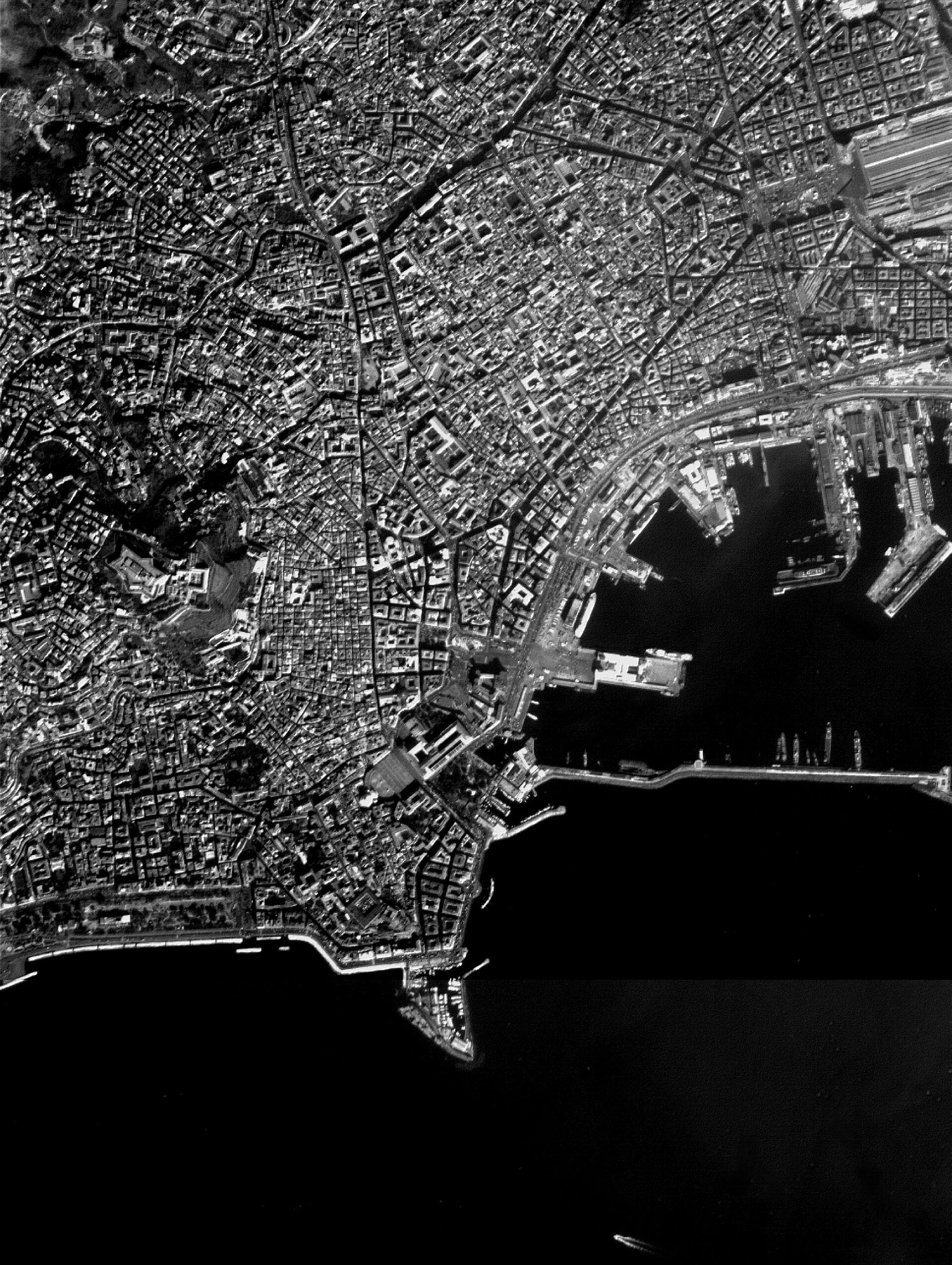 Naples, Italy - HRC image - 19 February 2003