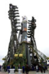29 May 2003 - Soyuz launcher is moved into the upright position