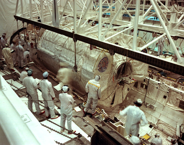 Spacelab-1 integration with Shuttle, August 1983