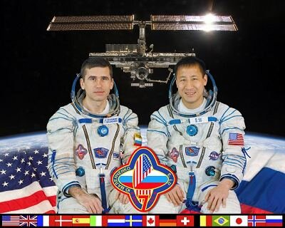 Malenchenko and Lu (Expedition 7 crew)