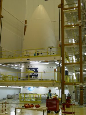SMART-1 - preparing the Ariane 5 for launch
