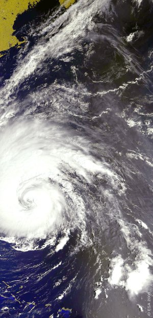 This 17 September Envisat MERIS image shows Hurricane Isabel off the US East Coast