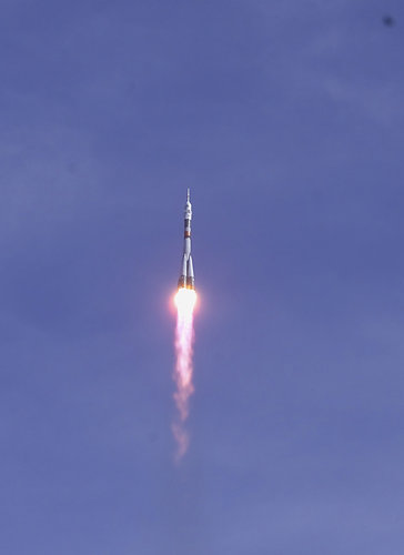 Launch of the Cervantes Mission at 07:38 CEST (05:38 UT) on 18 October 2003