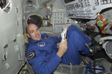 André Kuipers inside the Soyuz TMA simulator