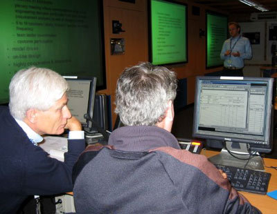 ESI entrepreneur at work with ESTEC's CDF experts